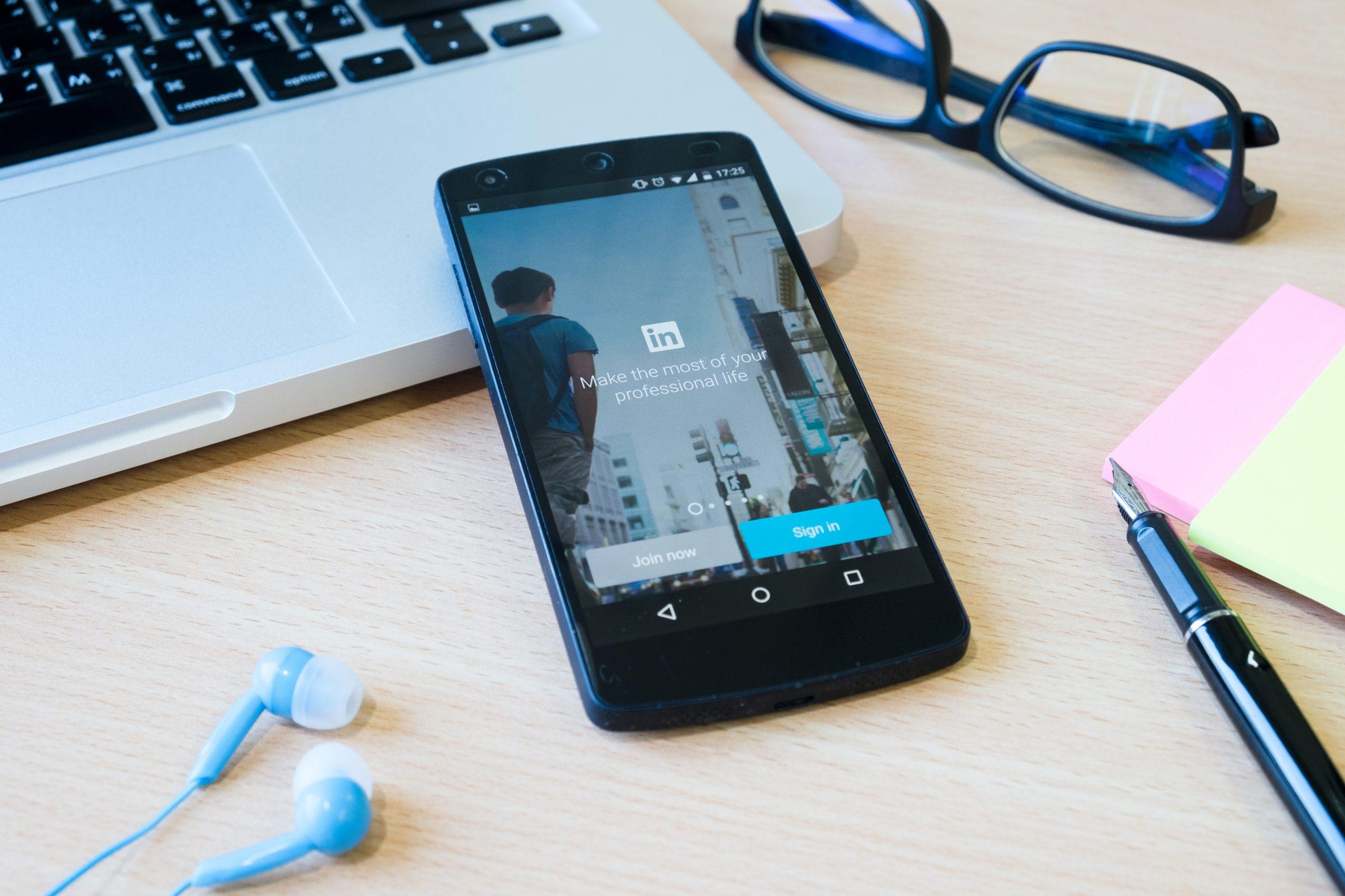 social media marketing linkedin scaled